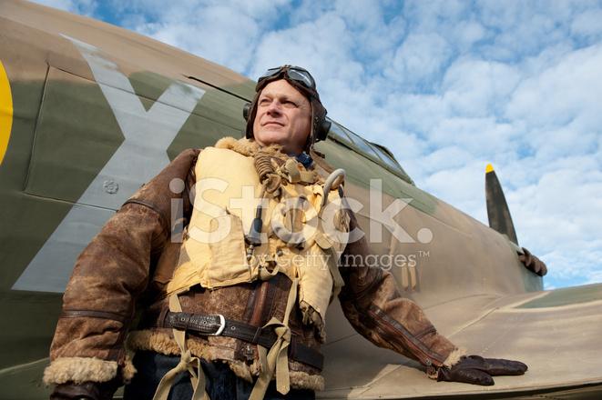 Ww2 Raf Pilot With Hurricane Aircraft Stock Photos