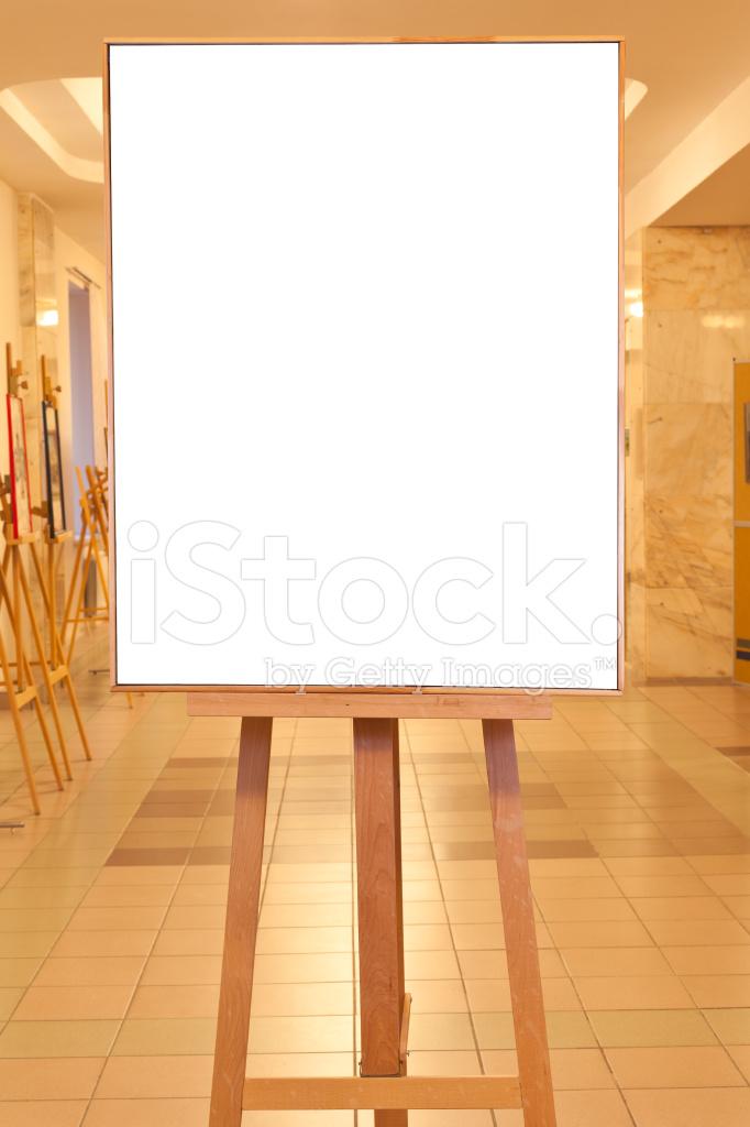 Große Bilderrahmen IN Gelbes Licht Galerie Stockfotos - FreeImages.com