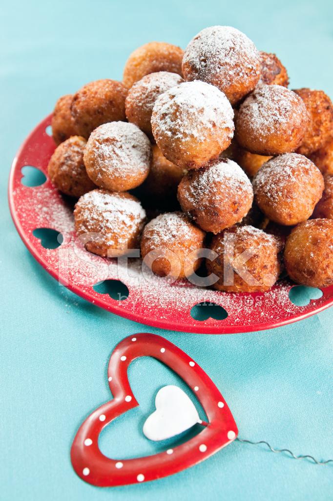 Dessert Zum Valentinstag Stockfotos Freeimages Com