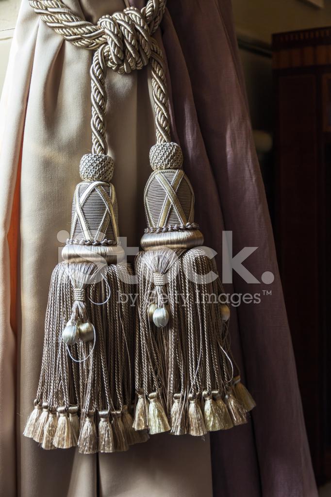 Klassische Gardinen klassische gardinen und krawatte rücken stockfotos freeimages com
