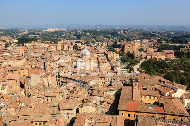 Huizen In Italie : Luchtfoto op daken en huizen van siena toscane italië