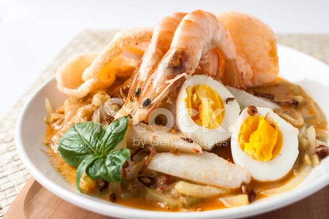 Asiatische Küche asiatische küche essen lontong ketupat stockfotos freeimages com
