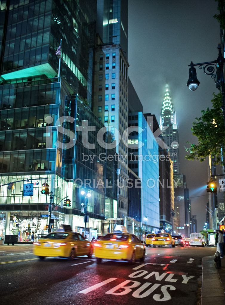 42nd Street AT Night, New York, USA Stock Photos ...