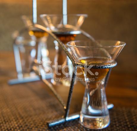 Wiersz O Locie Whisky Okulary W Metalowej Ramie Zdjęcia Ze