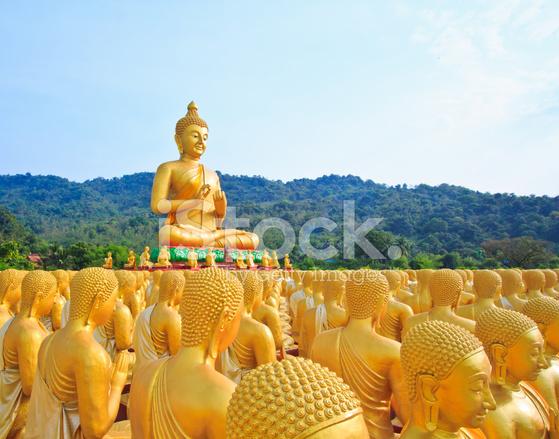 Wiersz O Złoty Posąg Buddy Zdjęcia Ze Zbiorów Freeimagescom