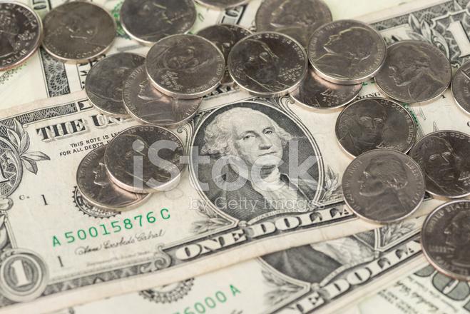 Ein Us Dollar Scheine Und Münzen Nahaufnahme Stockfotos Freeimagescom