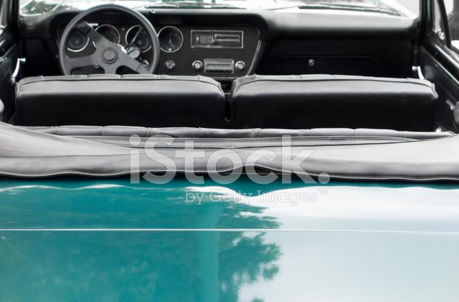 Tableau de bord d 39 une vieille voiture am ricaine - Vieille voiture decapotable ...