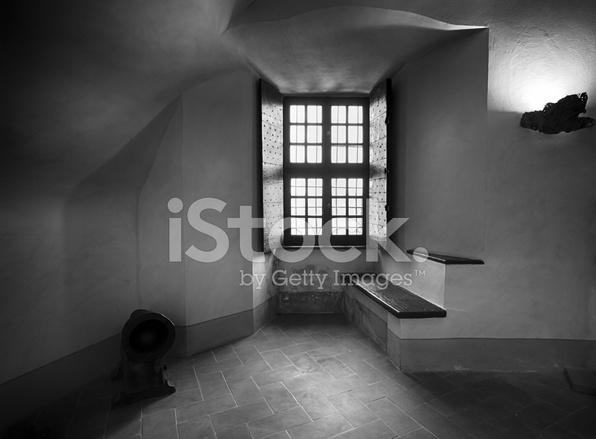 Fen tre noir et blanc photos for Fenetre noir et blanc