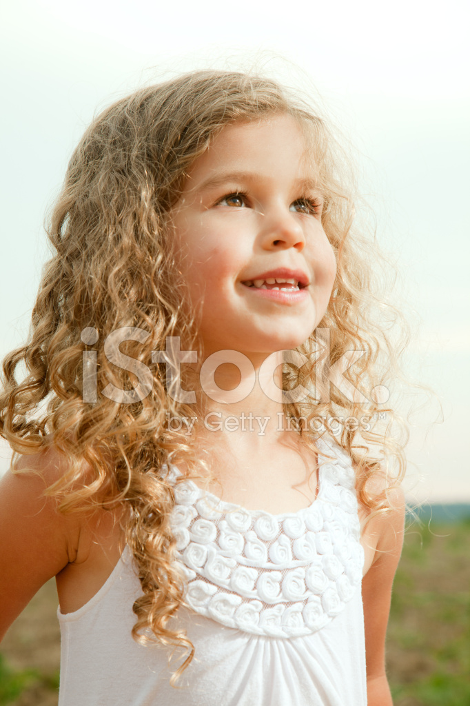 Süß Drei Jahre Altes Mädchen Stockfotos - FreeImages.com