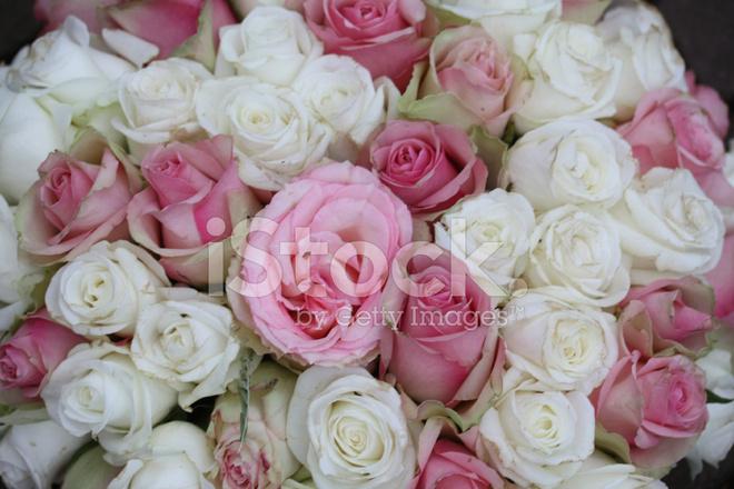 Rosa Und Weisse Hochzeitsstrauss Stockfotos Freeimages Com