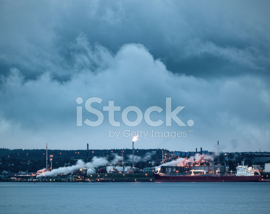 Refinery Flare Stack Stock Photos - FreeImages com