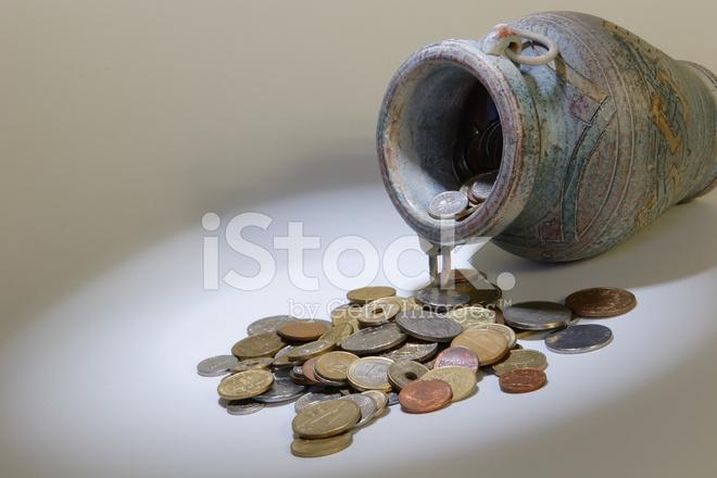 поддержка, талант кувшин с золотыми монетами фото снимать деньги через