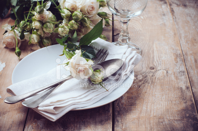 Premium Stock Photo of Vintage Table Setting With Roses & Vintage Table Setting With Roses Stock Photos - FreeImages.com