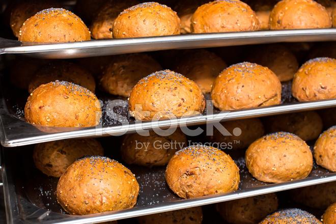 Хлебные булочки в духовке