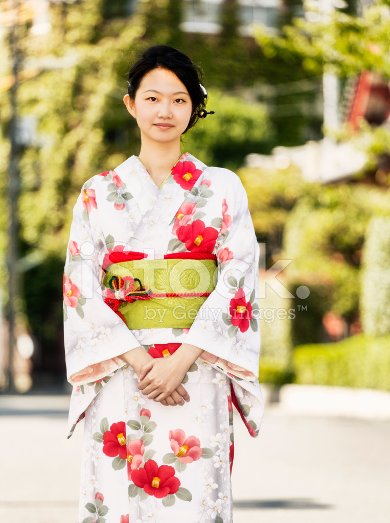 women of japan I've been on return of kings for quite a while, reading and enjoying my fair share of wisdom, sardonic humor, and women bashing lots of women bashing.