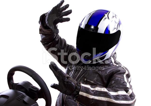 Все шлемы гонщиков Формулы 1 для сезона 2019 года | 439x624
