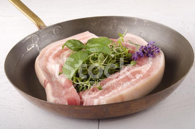 Свиной живот рецепт
