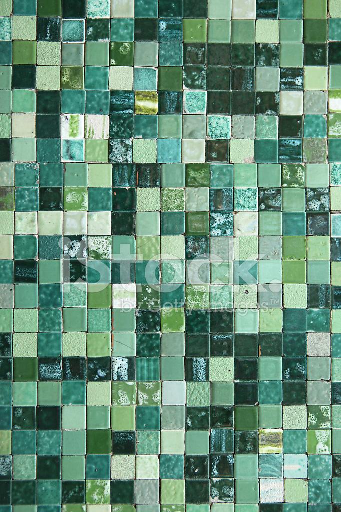 paredes de azulejos italianos en tonos verdes