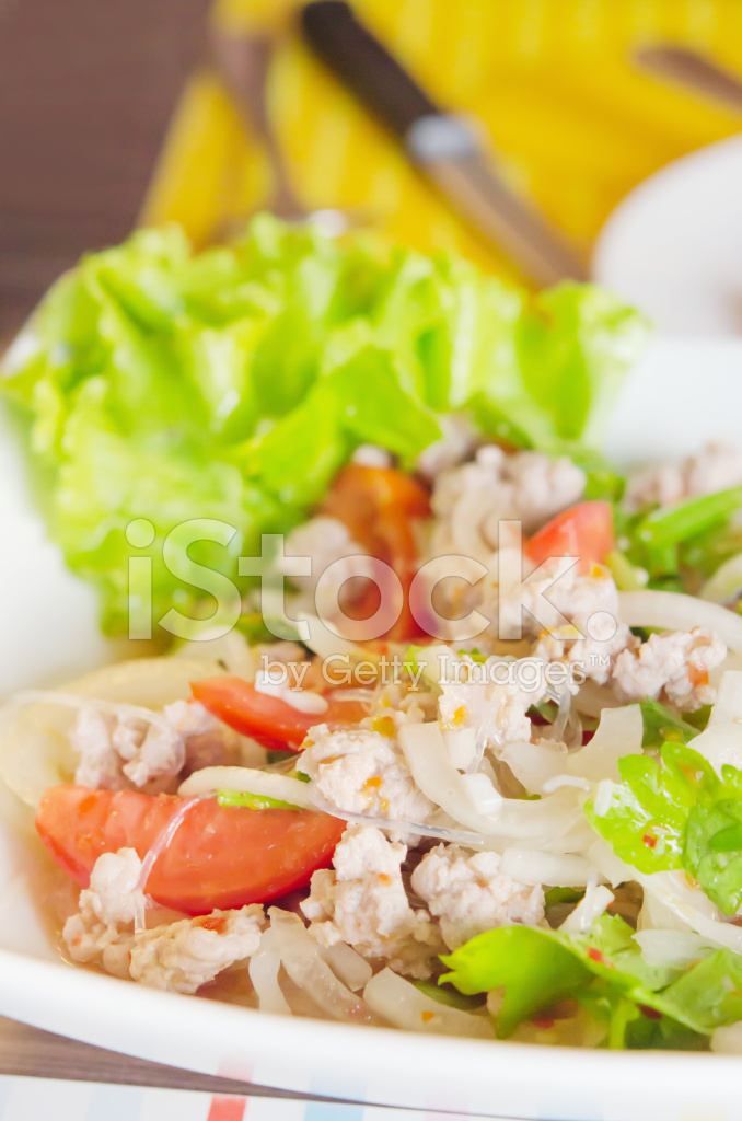 Asiatische Küche würziger salat asiatische küche stockfotos freeimages com