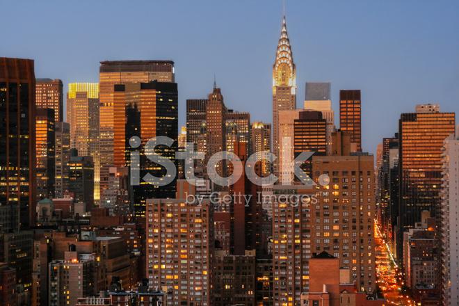 Gratte ciel de manhattan avec le chrysler building au - Coucher du soleil new york ...