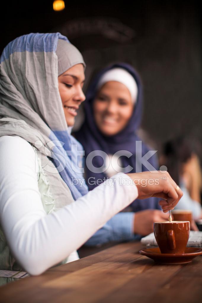 Познакомиться мусульманское женщина