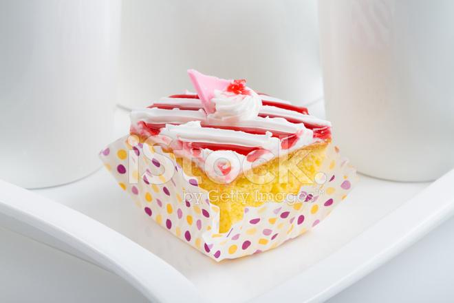 Cartoon Jelly Cake Recipe: Strawberry Jelly Cake Stock Photos