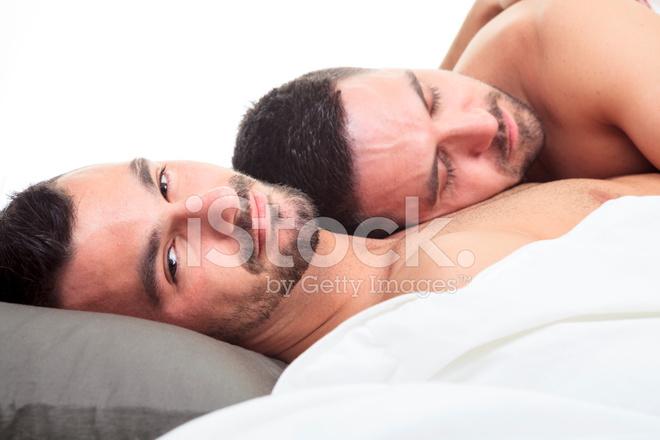 спят педики