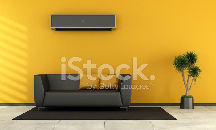 Woonkamer Zwarte Bank : Moderne woonkamer met zwarte bank stockfotos freeimages.com