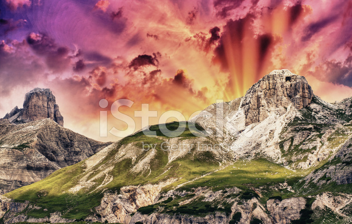 Colori Estivi Delle Dolomiti Paesaggio Di Montagna Italiana