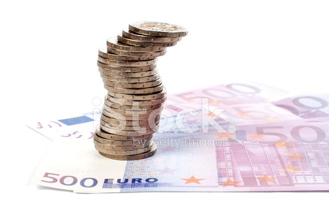 Münzen Und Euroscheine Stockfotos Freeimagescom
