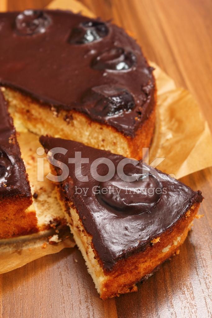 Type Of Chocolate Cake With Caramel Sauce