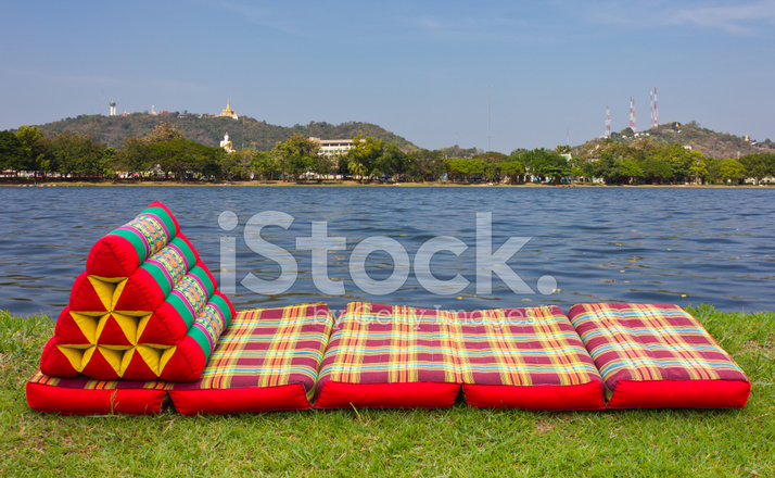 Foldable Corrugated Triangular Pillow Stock Photos