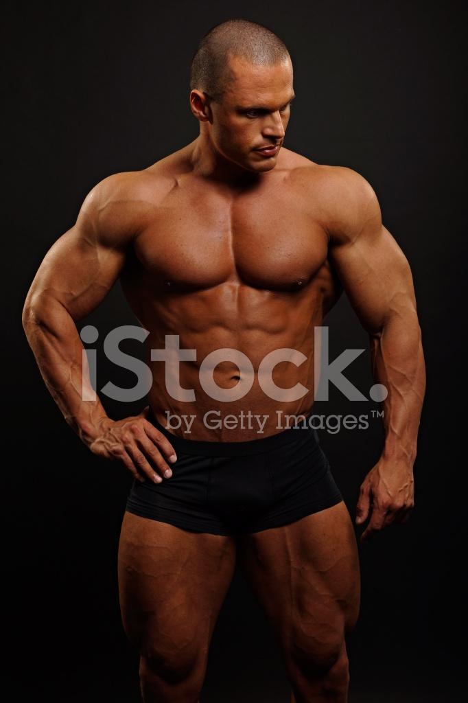 Hombre Musculoso Brazo DE Mostrar Fotografías de stock - FreeImages.com