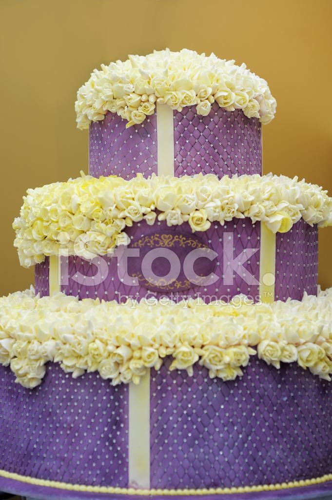 Delicious Big Violet Wedding Cake Stock Photos - FreeImages.com