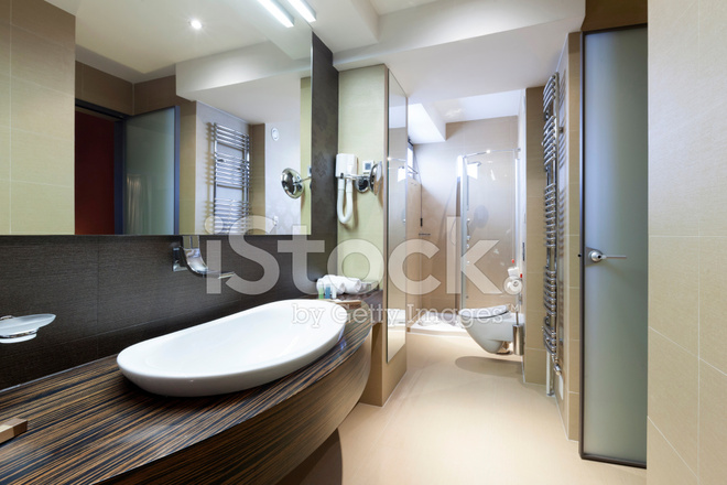 Luxe hotel badkamer stockfoto s freeimages