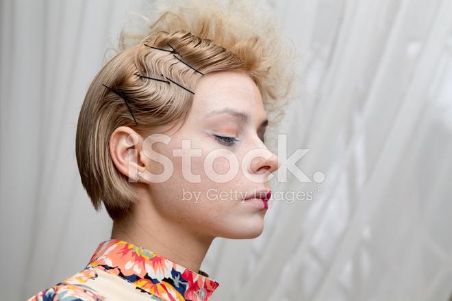 Dziewczyna Portret Profil Retro Fryzury Zdjęcia Ze Zbiorów