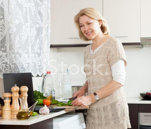 domohozyayki-zrelie-foto