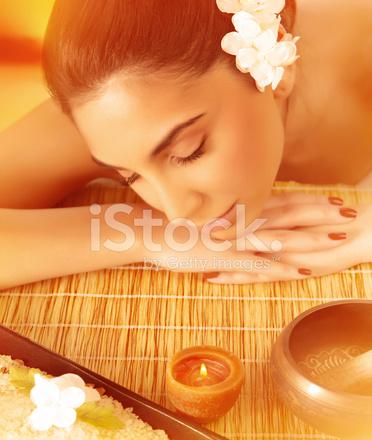 Славян селе девушка на массажном столе сиара
