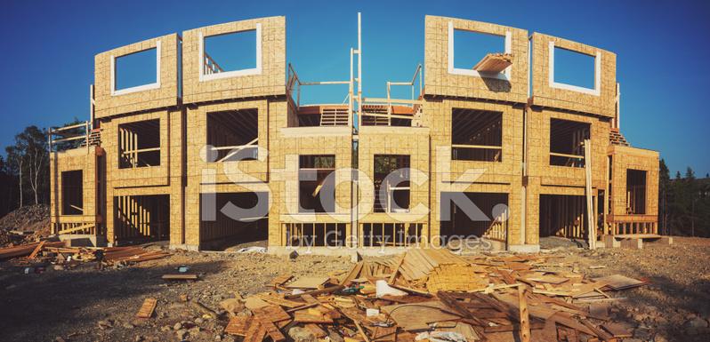 Budowa Wiersza House Zdjecia Ze Zbiorow Freeimages Com
