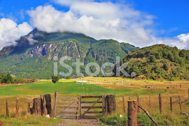 首页 高品质 风景和自然 农村地区在智利巴塔哥尼亚