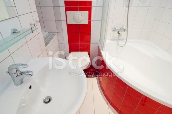 Rot Weiss Generische Badezimmer Stockfotos Freeimages Com