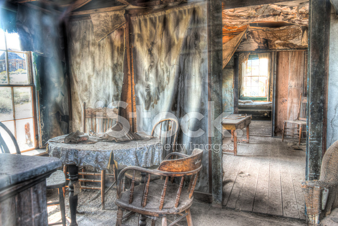 https://images.freeimages.com/images/premium/previews/4641/46411558-hdr-image-inside-of-house-ghost-town-old-mining-village.jpg