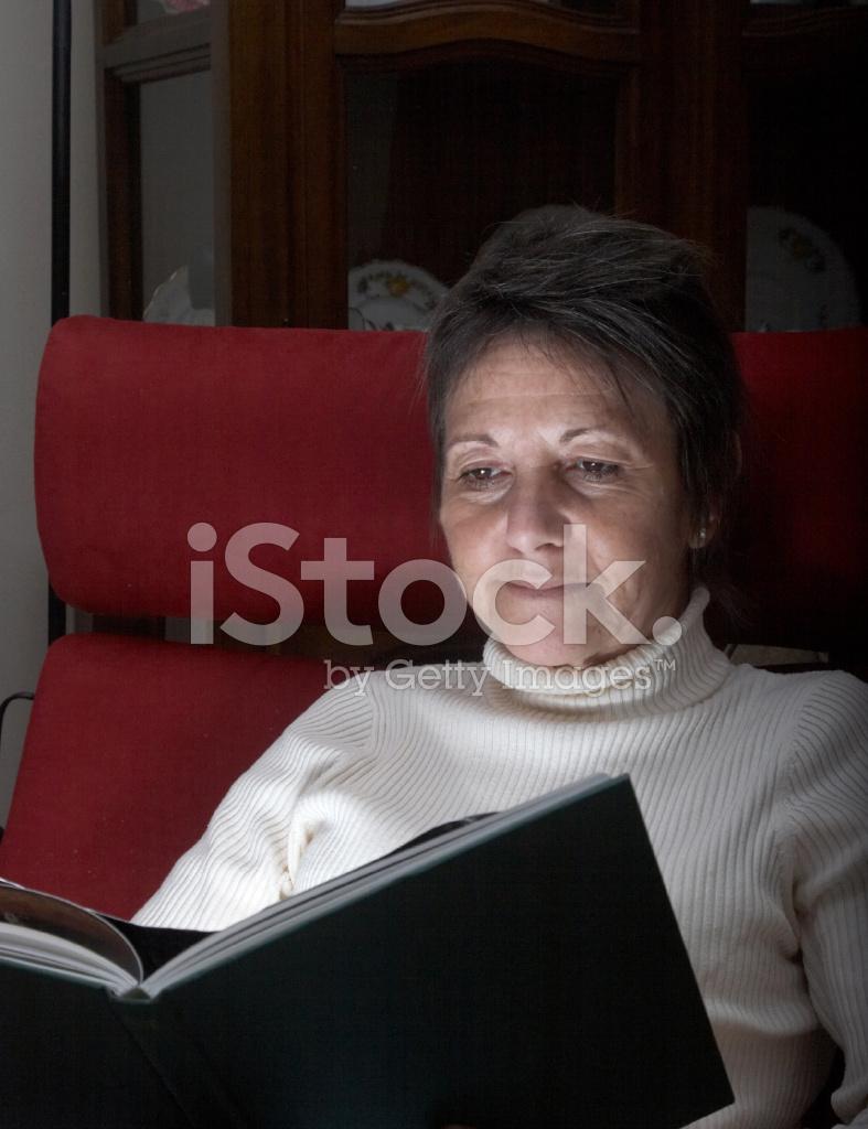 Mature Lady Book 11