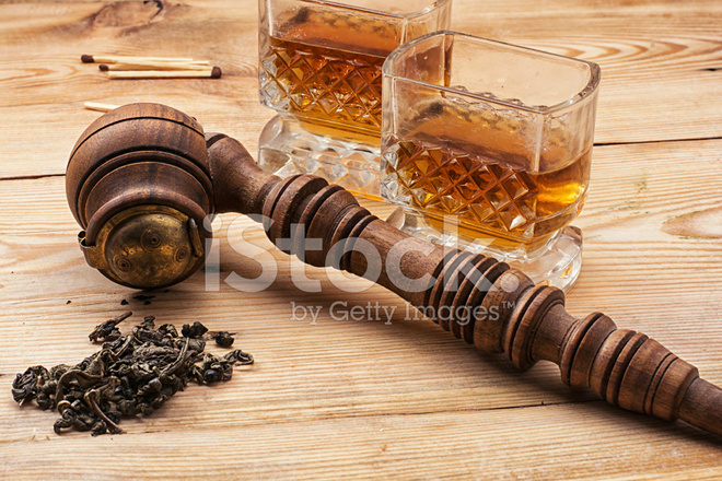 Men's Set of Pipe Whiskey Stock Photos - FreeImages com