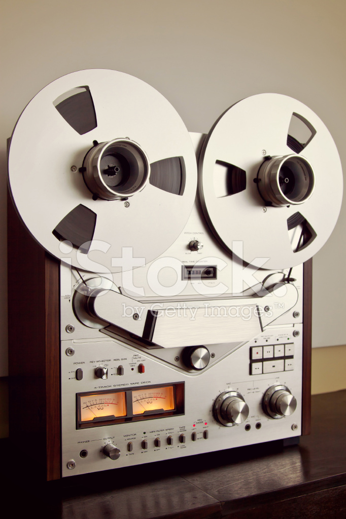 24b6c2522872 Analog Stereo Open Reel Tape Deck Recorder Vintage Stock Photos ...