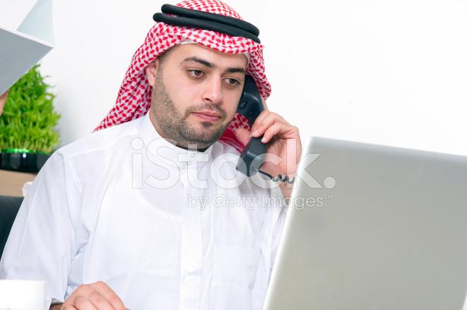 Картинки по запросу фото телефонный разговор в офисе