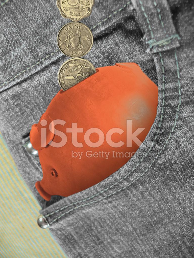 Indische Rupien Münzen Mit Einem Sparschwein Stockfotos