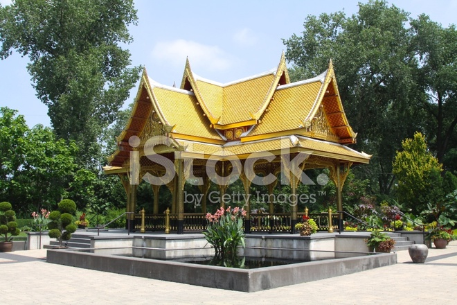 Fall Comes To Garden Of Thai Pavilion >> Thai Pavilion In Public Garden Setting Stock Photos Freeimages Com