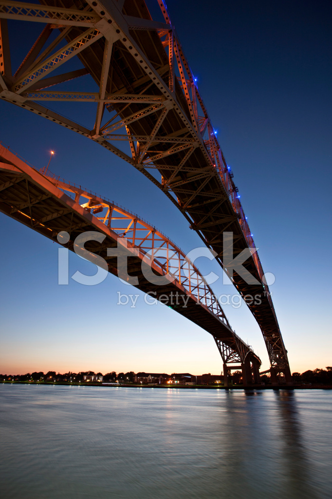 Night Photo Blue Water Bridge Stock Photos Freeimages Com