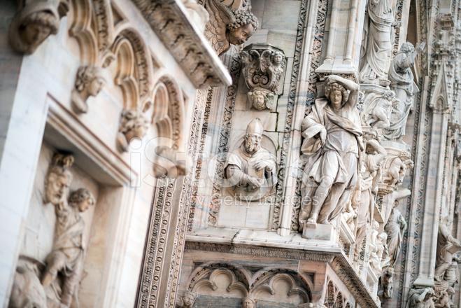 D 233 Tails Des Statues Du Duomo Di Milano Photos Freeimages Com